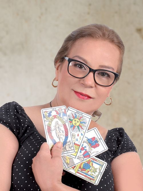 Jocelyne : Tarologue