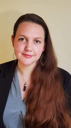 Sophie : Tarologist,Clairvoyant