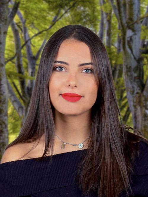 Jasmine : Tarologue, Numérologue