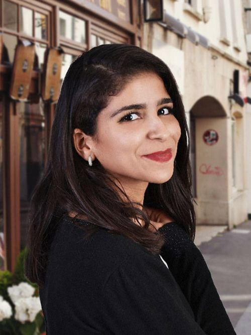 Salma : Voyant, Tarologue, Numérologue