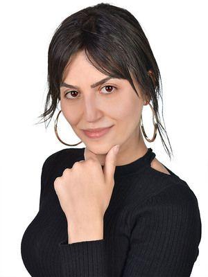 Camila : Tarologist,Numerologist