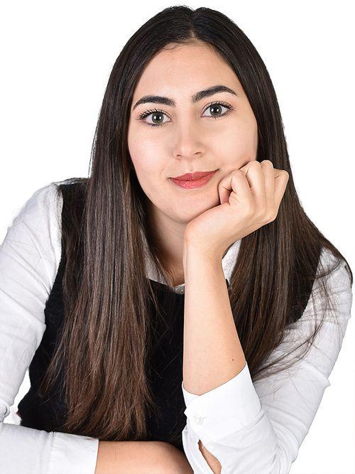 Teresa : Tarologue, Numérologue
