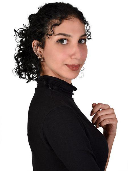 Freya : call an Astrologist Tarologist Numerologist : live horoscope