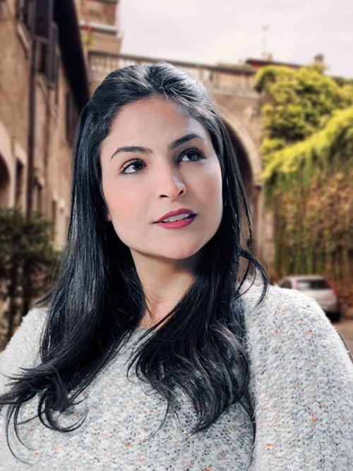 Lorena : Voyant, Tarologue, Astrologue