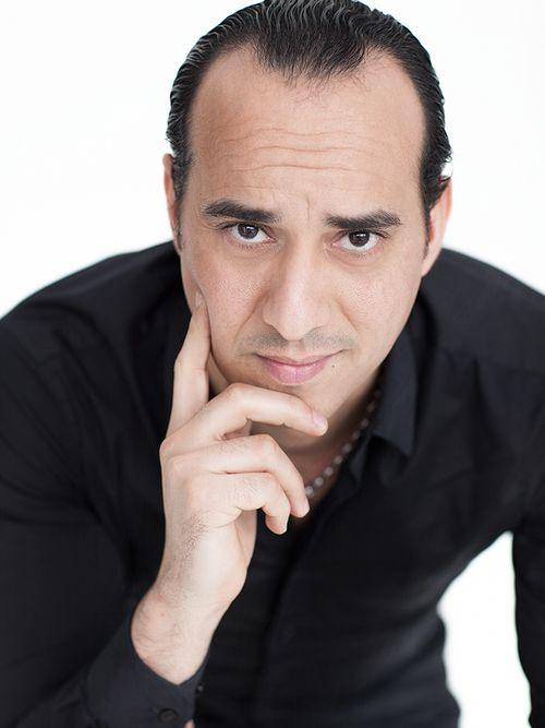 Laurent : Voyant, Tarologue, Numérologue