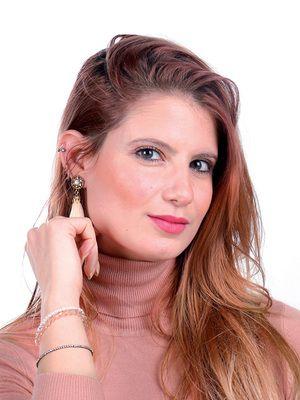 Valeria : Tarologue, Numérologue, Astrologue