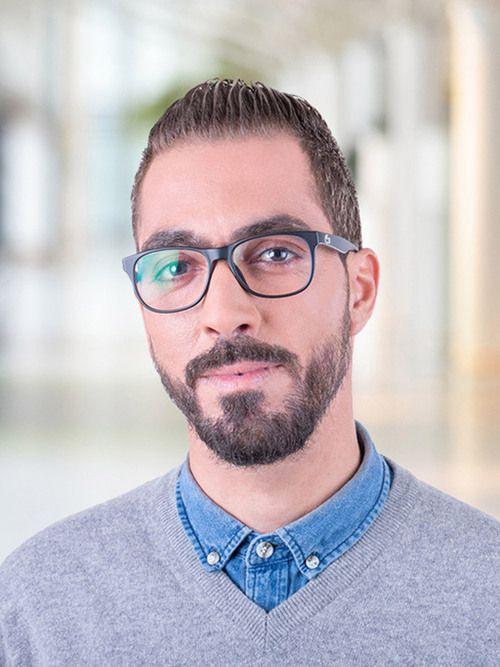 Enzo : Médium, Tarologue, Numérologue