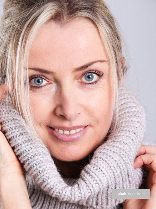 Sylvaine : Voyant, Médium, Tarologue